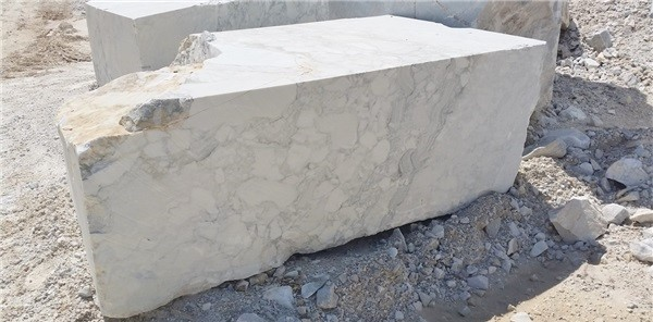 arabescato-marble-quarry-block-2530b
