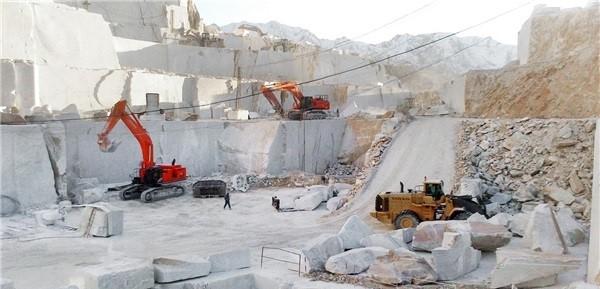 bianco-carrara-c-bianco-venato-gioia-marble-bianco-gioia-marble-quarry-quarry2-3878b