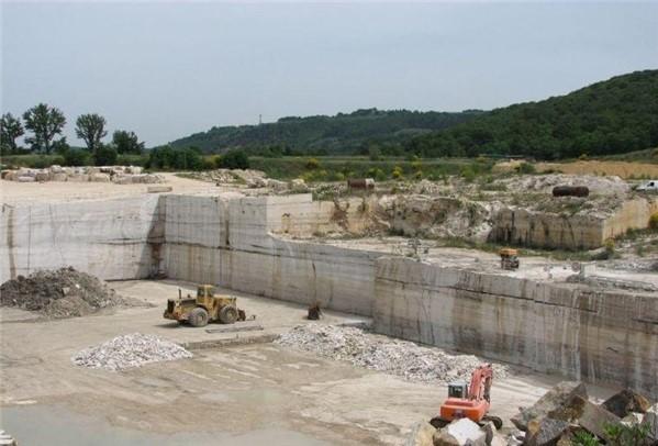 cava-di-travertino-toscano-serre-di-rapolano-siena-block-1319b