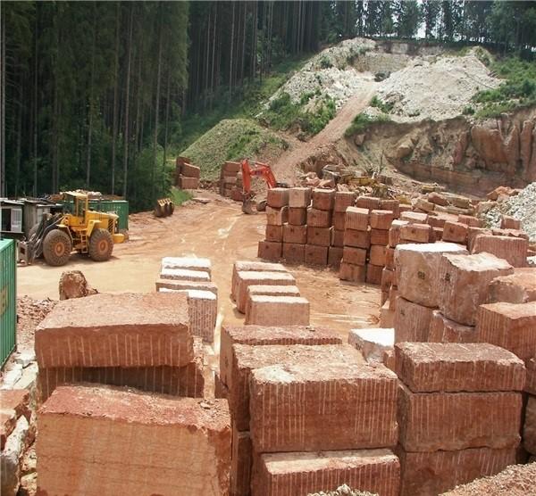 cava-rosso-verona-rosso-asiago-marble-quarry-product5-2156b