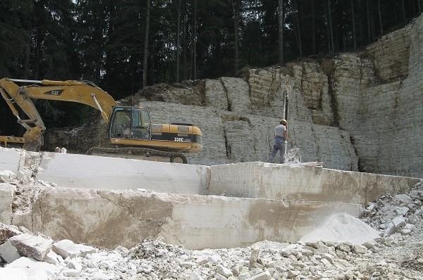 perlino-bianco-quarry1-1731b