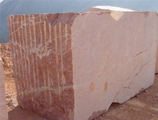 rojo-alicante-marble-quarry-product2-274b