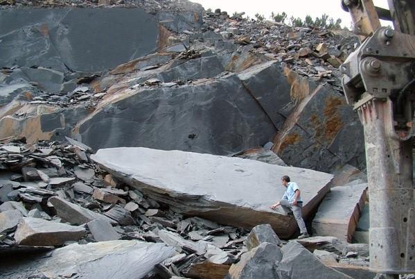 ardosia-canelas-quarry-block-3414b