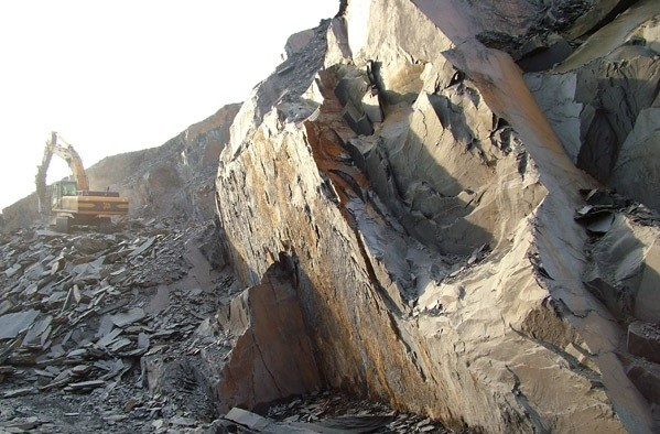 ardosia-canelas-quarry-quarry1-3414b