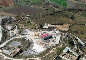 black-marble-calatorao-quarry-quarry1-3166b