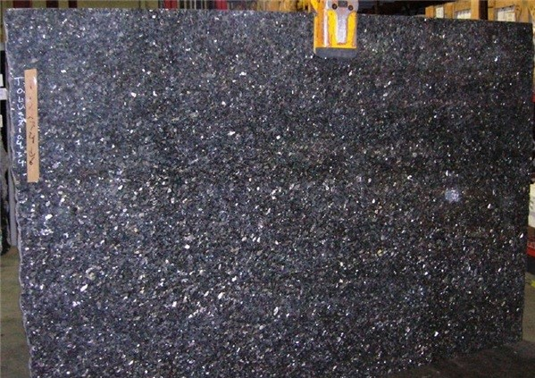blue-pearl-lg-granite-quarry-aak-tvedalen-slab-34b