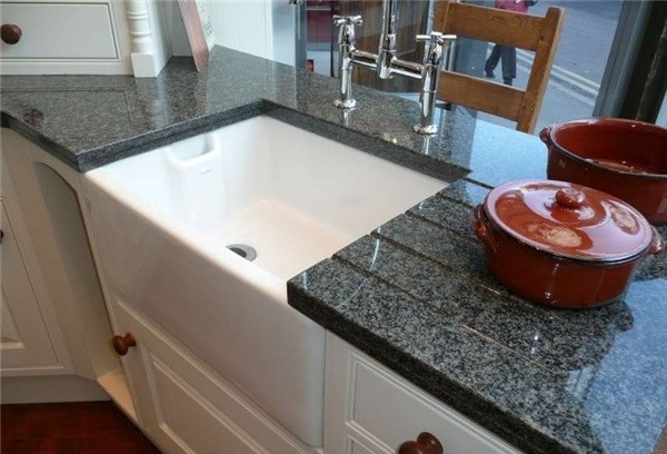 impala-black-granite-countertop-p142254-1b