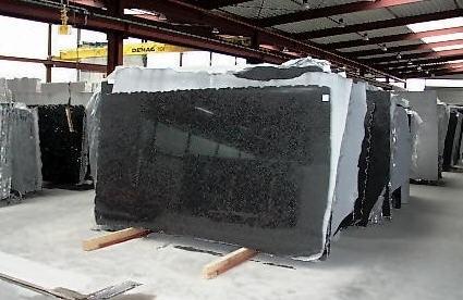 impala-black-granite-quarry-slab-1b