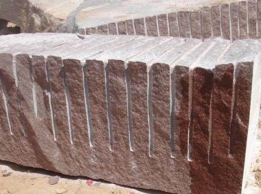 imperial-red-granite-quarry-block-377b