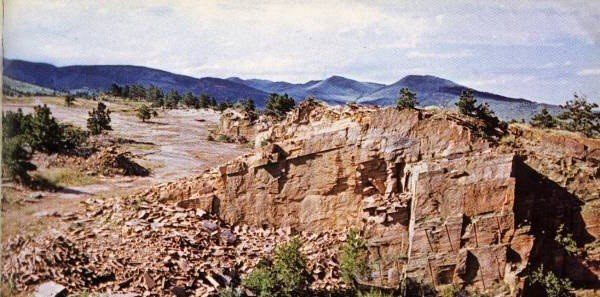 lyons-red-sandstone-colorado-red-sandstone-quarry-quarry2-2879b