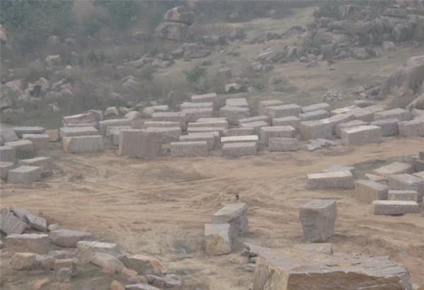 shri-raj-granite-chattarpur-quarry-indian-red-granite-quarry1-697b