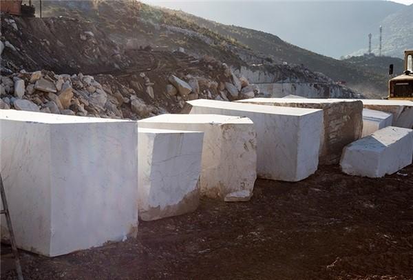 volakas-arrikton-quarry-block-4305b