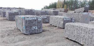 baltic-brown-bb-granite-quarry-block-4017b