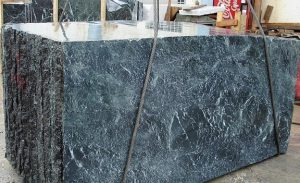 tinos-green-marble-and-tinos-oasis-marble-quarry-block-2446b