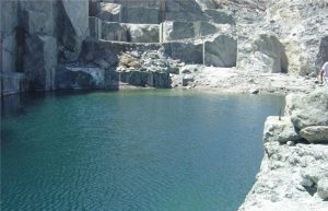 tinos-green-marble-quarry-block-1206b