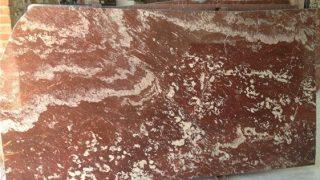 ランゲドック フランス産の赤い大理石のご紹介