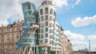 ダンシング・ハウス(Dancing House)